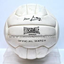 """Balón """"Lonsdale"""" 1970s Firmado por la Selección Inglesa"""