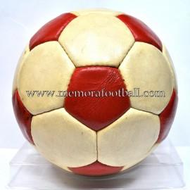 """Balón ¿""""CONDOR""""? Liga Nacional Juvenil 1976-77"""