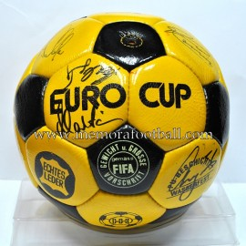 """Balón de fútbol """"EURO CUP"""" 1970s"""