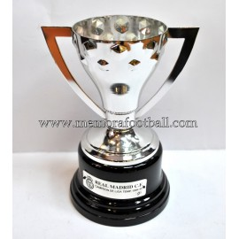 Real Madrid CF 1994-95 Spanish League LFP Trophy