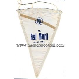 Banderín entregado al Real Madrid CF 21-03 1954 baloncesto