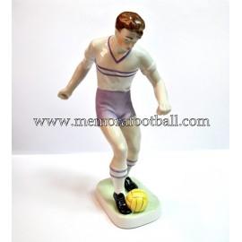 Figura de futbolista de porcelana húngara, 1950s