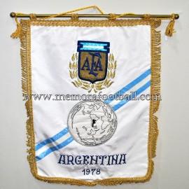 Banderín bordado del Campeonato Mundial de Fútbol Argentina 1978