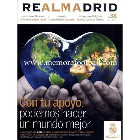 REAL MADRID (Official magazine) nº38 V - 2011