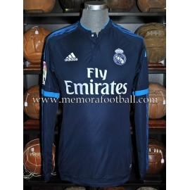 """TONI KROOS"" Real Madrid CF LFP 2015-16 match un worn shirt"