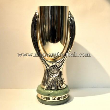 Trofeo Supercopa de Europa de la UEFA
