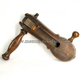 1900 Football rattle