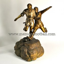 Footballers brass figure c.1940 France