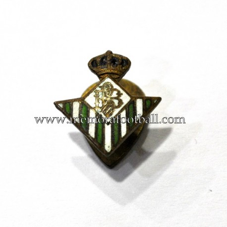 Real Betis enameled badge 1940-50