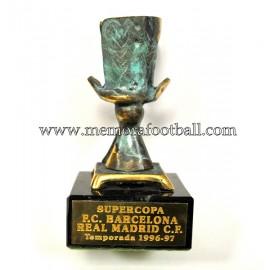 Real Madrid Supercopa de España 1996-97 trofeo