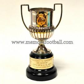 REAL ZARAGOZA Trofeo Copa de SM El Rey 2003-2004