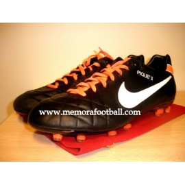 """PIQUÉ"" FC Barcelona & Spain National Team 2011-2012 match un worn boots"