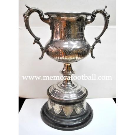 Football Trophy, England 1913