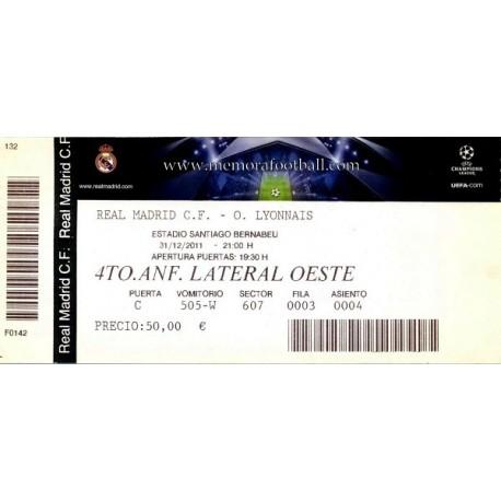 Real Madrid v Olympique Lyonnais 2011-12 Champions League