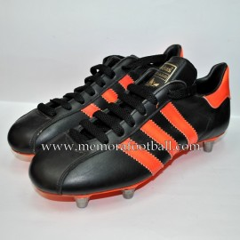 "Adidas ""SANTIAGO"" boys boots 1970´s"