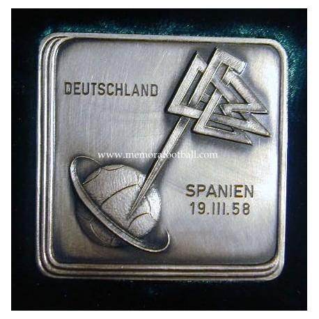 Germany v Spain 19-03-1958 Friendly match medal