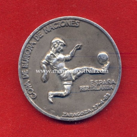 Spain v Republic of Ireland 27-04-1983 commemorative silver medal