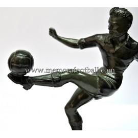 A spelter figure of a footballer c.1950 France