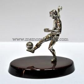 Figura de futbolista en plata. España 1990s