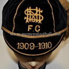 1909-10 Black Velvet & Gold N.M.S. FC football cap