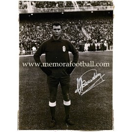 """BOUDÓN"" Real Oviedo goalie signed photograph"