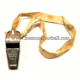 THE ACME THUNDERER referee whistle 1950s