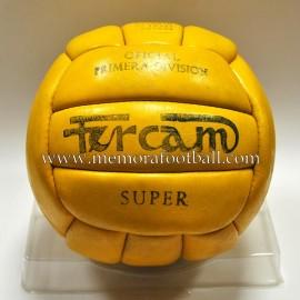 """Balón """"FURCAM Super"""" Oficial Liga Española Primera División, años 60"""