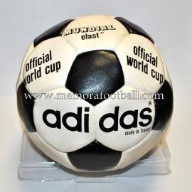 """ADIDAS MUNDIAL ELAST"" Ball 1970s"