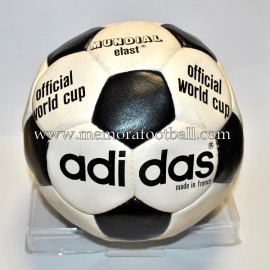 "Balón ""ADIDAS MUNDIAL ELAST"" 1970s"