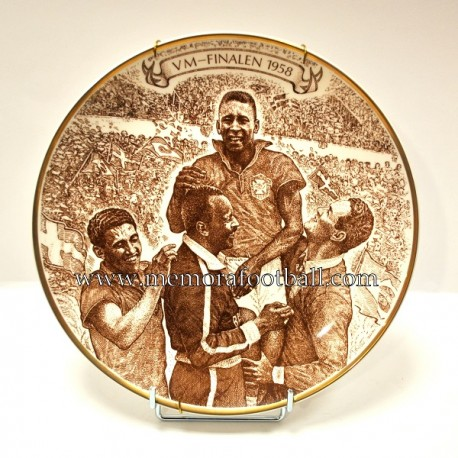 Commemorative plate for Brazil´s victory in the 1959 FIFA World Cup