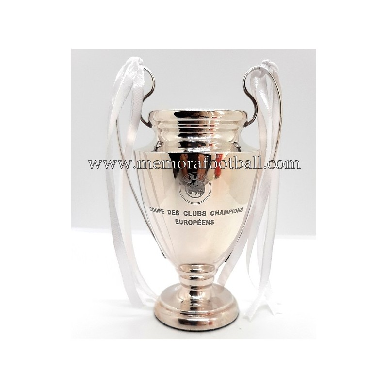 player CF UEFA trophy Champions MADRID 2017-18 REAL League