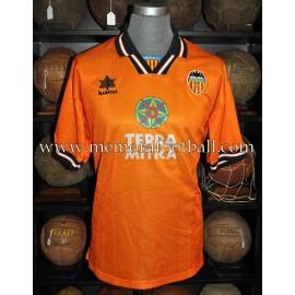"""RUBÉN NAVARRO"" Valencia CF LFP 1998-99 match worn shirt"