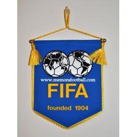 FIFA mini banderín, años 90