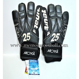 """MOYÁ"" Getafe CF 2011-12 match un worn gloves"